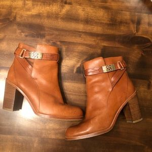 Coach   Kasandra Vegan Leather Boots Size 9